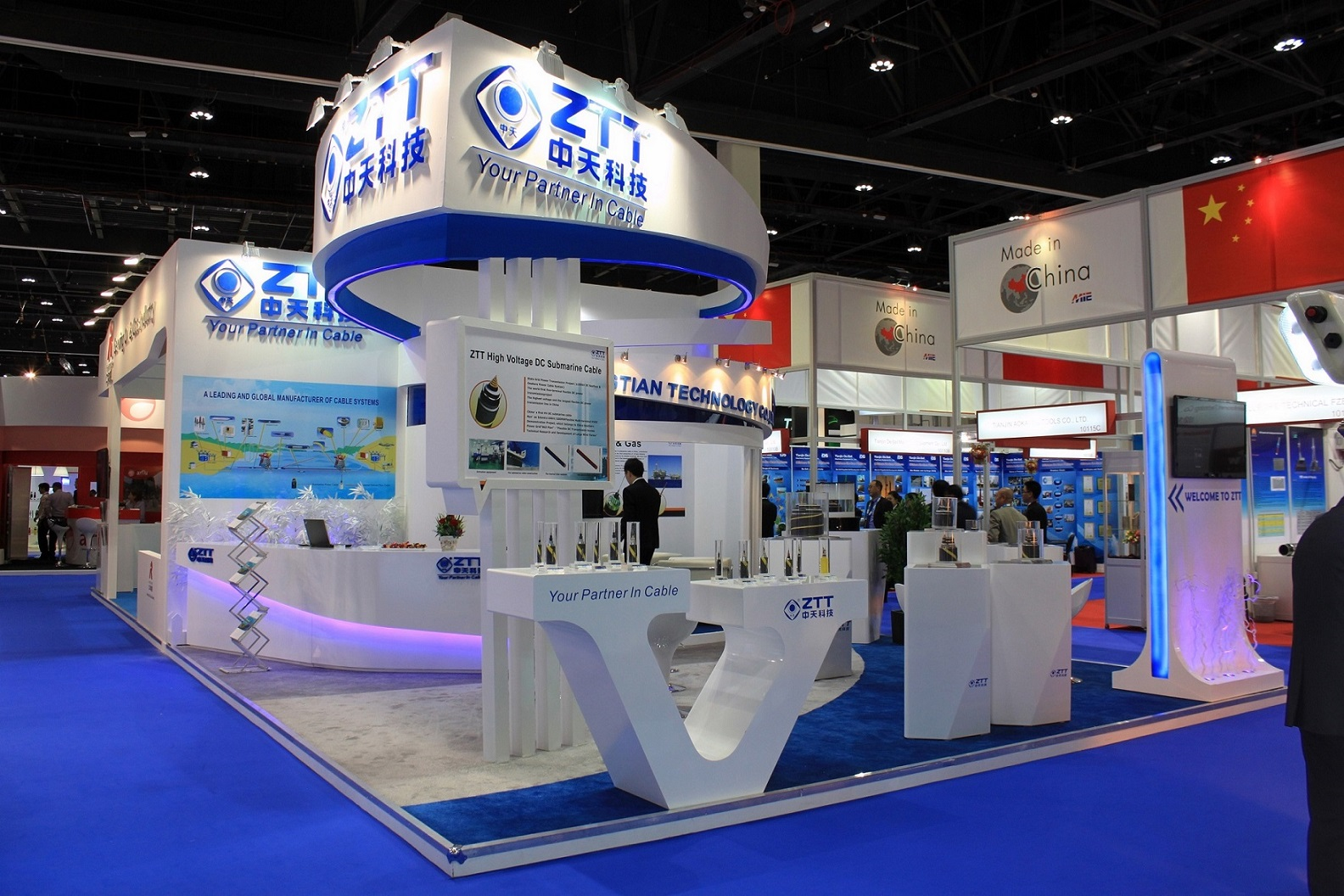 Portable Exhibition Stands Dubai : Why your exhibition display stand in dubai matters hox